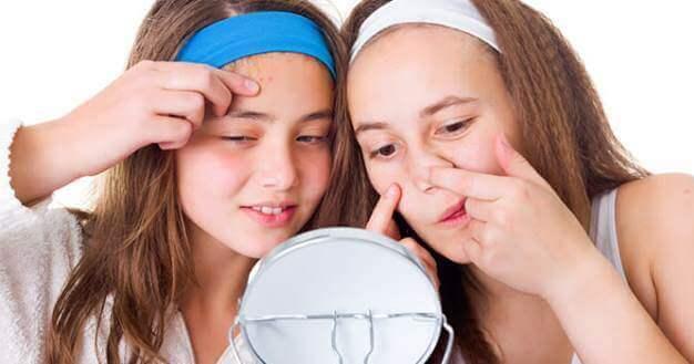 Переходный возраст у девочек: как вести себя с дочерью