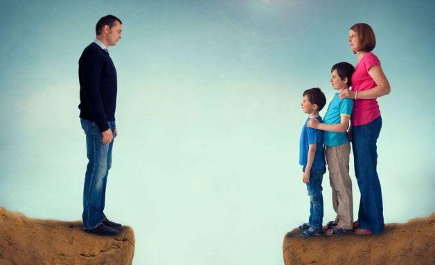 Как помочь ребенку пережить развод родителей: развод и дети